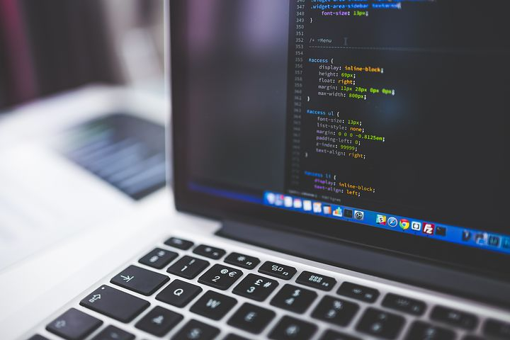 30 Computer courses, online and free, starting in August